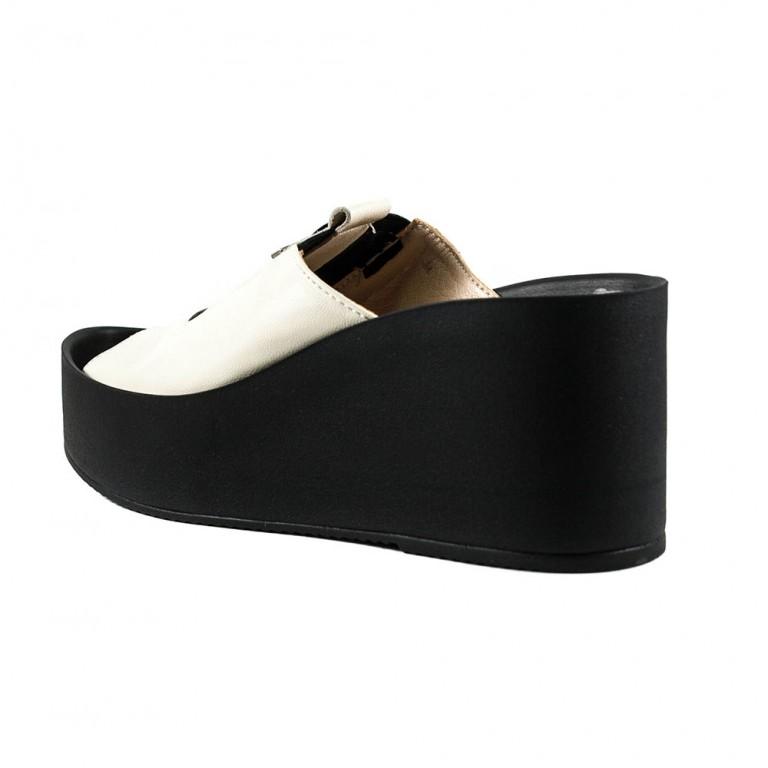 Сабо женские Azatti 620 черно белые