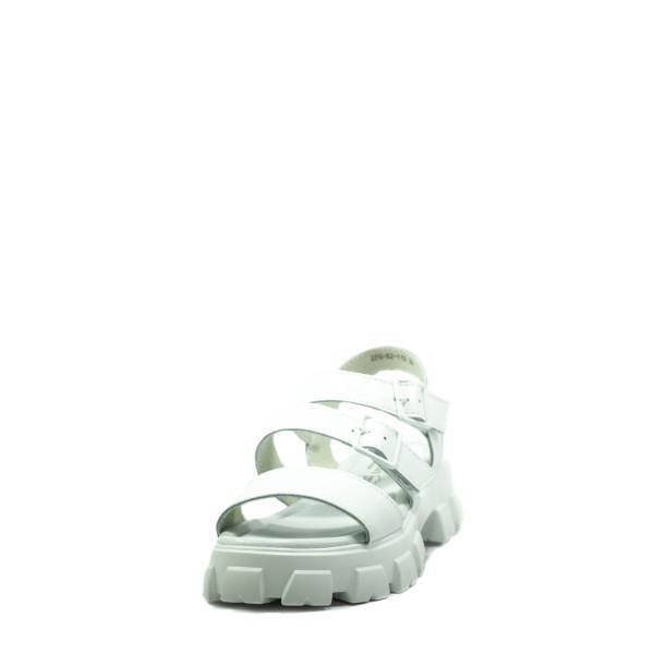 Босоножки женские летние Bonavi 2F6-82-112 белые