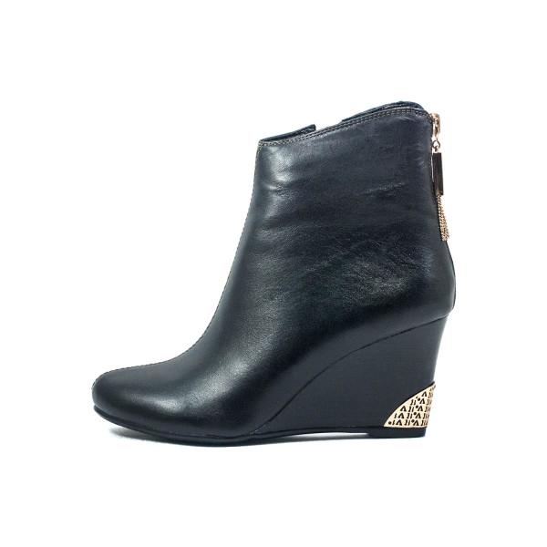 Ботинки демисезон женские Morento HL12-011 черные
