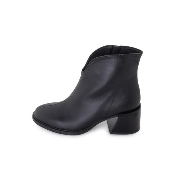Черевики жіночі Tomfrie чорний 24162